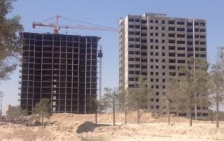 اجرا و بتن ريزي طبقه ١٥+ برج ١١١ و آغاز آرماتور بندي ديرارهاي آخرين طبقه برج